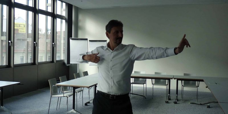 Business Qigong im Büro - 25 Minuten Auszeit vom Stress